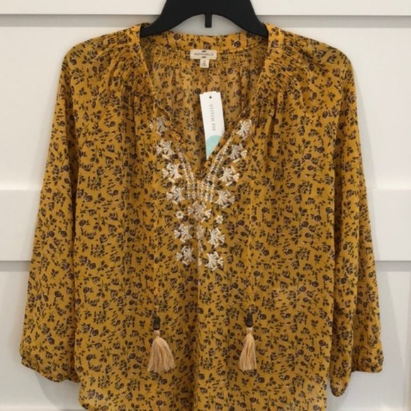 Mason & Belle Tops - MASON & BELLE EMBROIDERED FLORAL BLOUSE NWT